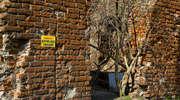 Zaniedbana historia: sypią się zabytkowe mury [zdjęcia]