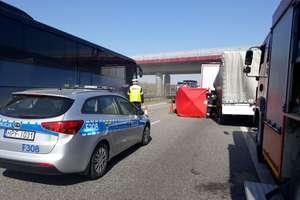 Śmiertelny wypadek na autostradzie A2. Nie żyje 21-letni mieszkaniec Warmii i Mazur