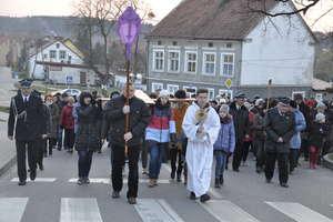 Krzyż niosły wszystkie wspólnoty modlitewne