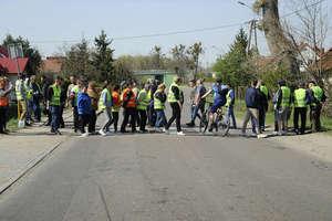 Gronowo Górne protestuje. Mieszkańcy chcą zwiększenia bezpieczeństwa na drodze [zdjęcia]