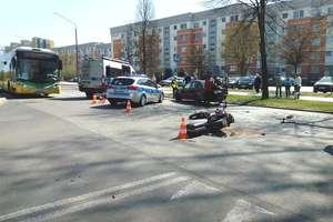 Wypadek w Elblągu. 74-letni motocyklista trafił do szpitala [ZDJĘCIA]