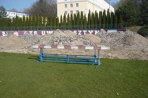 Kortowski stadion zmienia swoje szaty [ZDJĘCIA]