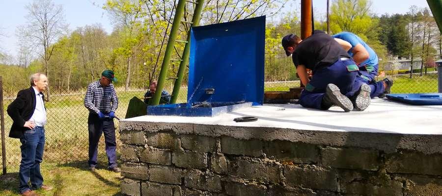 Migawka z akcji wymiany pompy w ujęciu przy ul. Wodnej