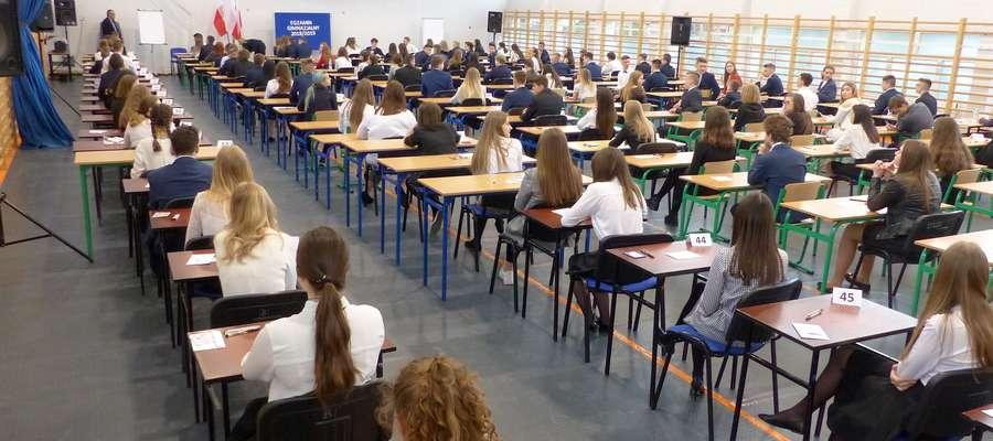 Już w ławkach, za chwilę czas na egzamin…