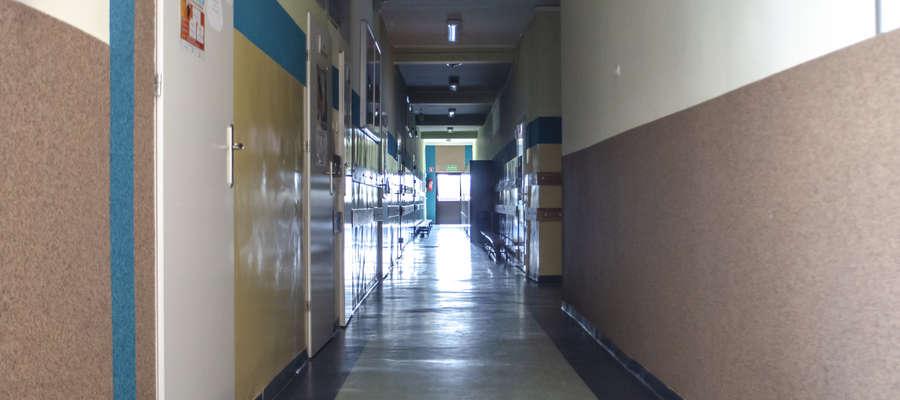 W wielu szkołach korytarze świecą pustkami nie tylko z powodu egzaminów