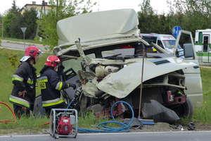 Cysterna zderzyła się z samochodem dostawczym. Jedna osoba została ranna