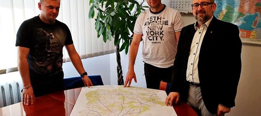 Pierwszy, polski niepodległościowy szlak rowerowy