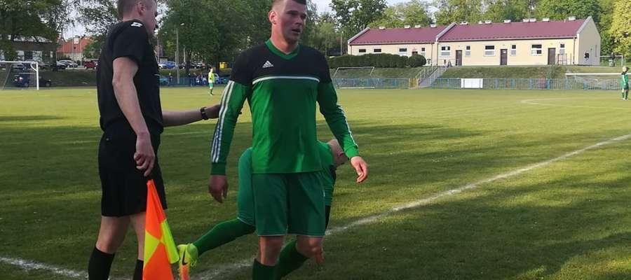 Błażej Jodko, bramkarz Victorii Bartoszyce, zagrał w Dobrym Mieście w polu. Strzeliłgola i wywalczył dla swojej drużyny rzut karny