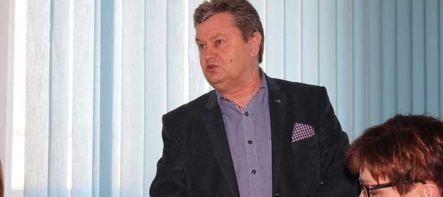 Adam Witkowski apelował do Rady Powiatu o naprawę drogi w Zgliczynie