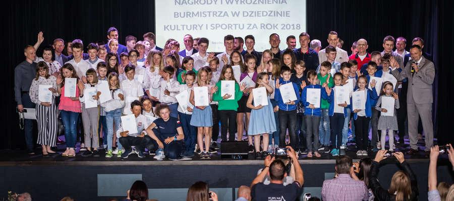 Uroczysta gala przyznania dorocznych Nagród Burmistrza w dziedzinie kultury i sportu