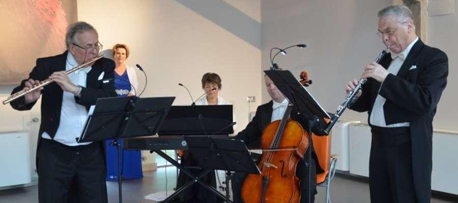 """W ubiegłym roku zespół """"Pro Musica Antiqua"""" wystąpił w pałacu w Więckach"""