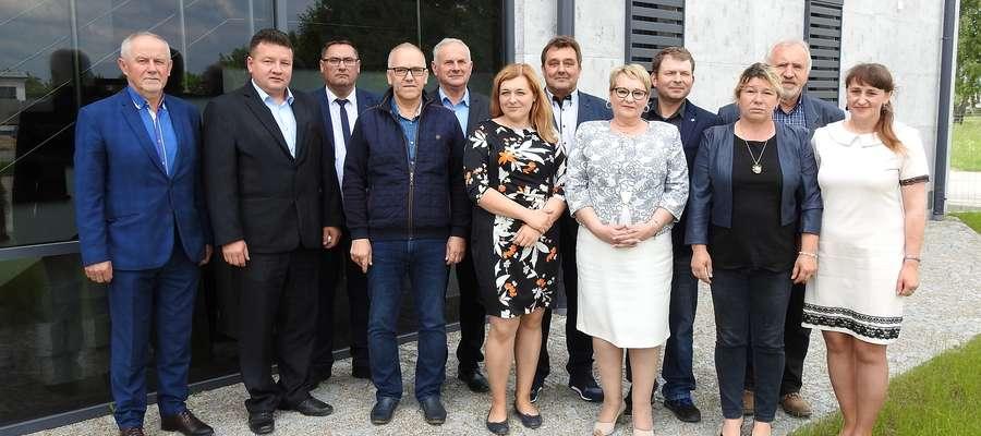 Uczestnicy ostatniego w V kadencji posiedzenia Rady Powiatowej WMIR w Bartoszycach