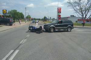 Motocyklista w szpitalu po wypadku w mieście