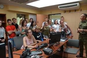 Edukacyjne spotkania strażników granicznych z młodzieżą