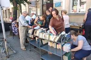 Mławianie wymienili się książkami! [ZDJĘCIA]