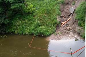 Nawałnica uszkodziła skarpę nad Kanałem Elbląskim