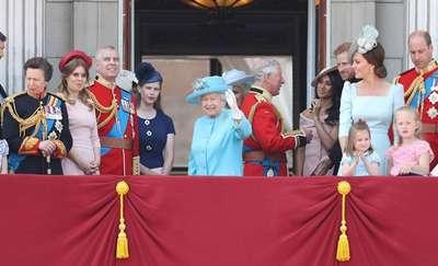 Brytyjska rodzina królewska. Skąd to uwielbienie?