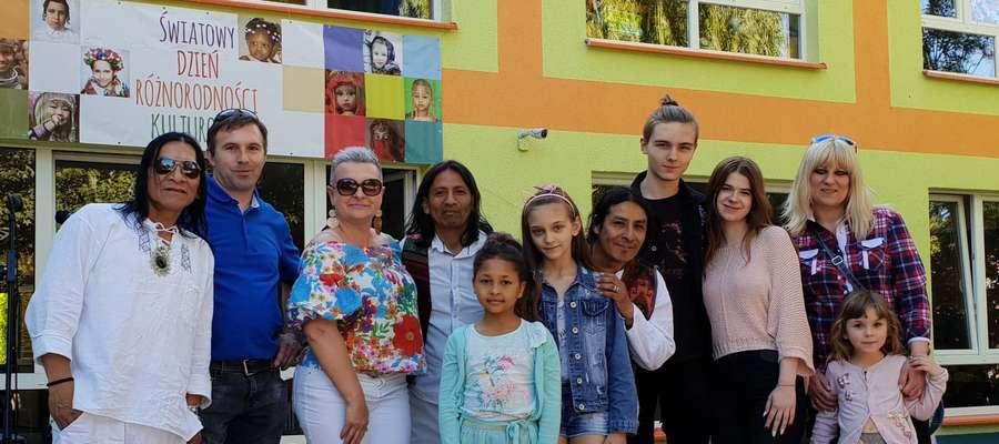 Przedszkole Dorotka w maju organizuje Dzień Różnorodności Kulturowej, na który zaprasza wolontariuszy z różnych krajów