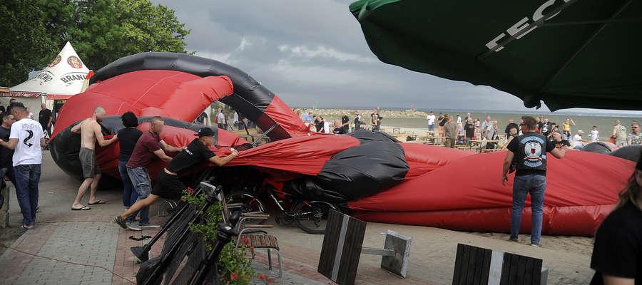Wiatr na zlocie motocyklowym w Tolkmicku
