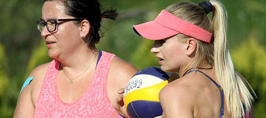 Magda Bogucka (z lewej) i Adriana Paszko zwyciężyły w pierwszym turnieju Grand Prix 2019 kobiet w Bartoszycach