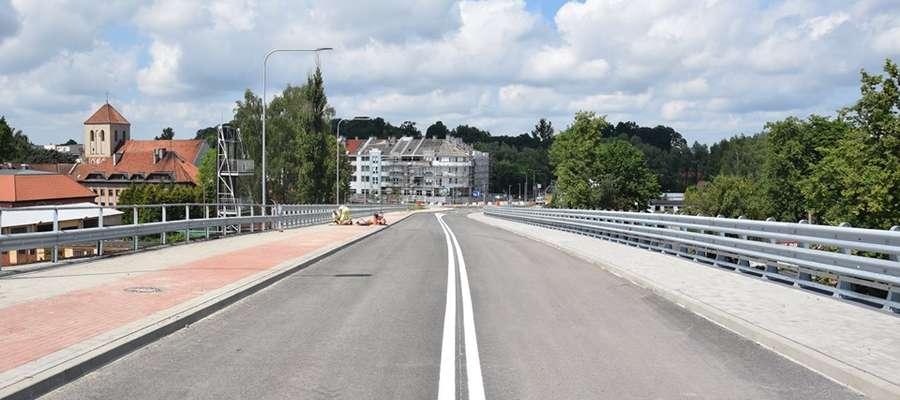 Wiadukt powstał w ciągu ul. Drwęckiej i ma usprawnić ruch samochodowy w mieście