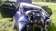 Samochód roztrzaskany, kierowca w szpitalu