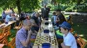 Olecko. Mistrzostwa w szachach na... trawie