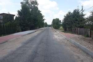 Prace na drodze powiatowej w Mącicach na finiszu