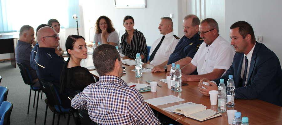 Przedstawiciele służb i inspekcji omawiali wiele spraw dotyczących bezpieczeństwa