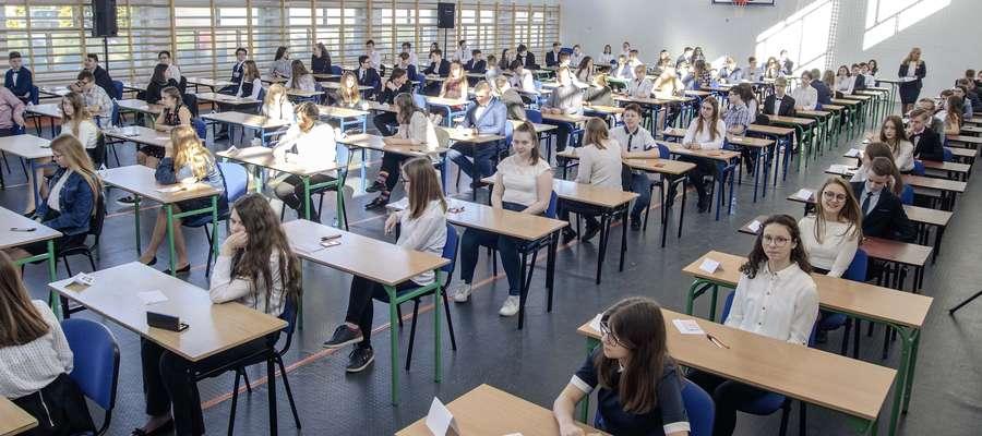 Egzaminy podsumowujące naukę w szkołach podstawowych odbyły się w kwietniu