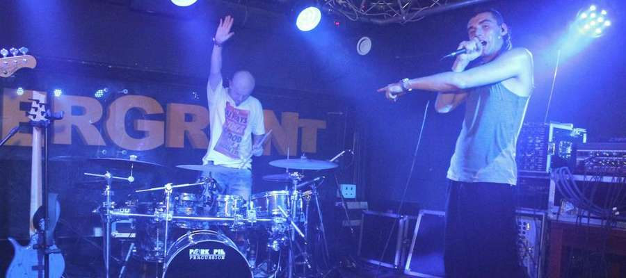 Kamil Bednarek na koncercie w klubie Andergrant