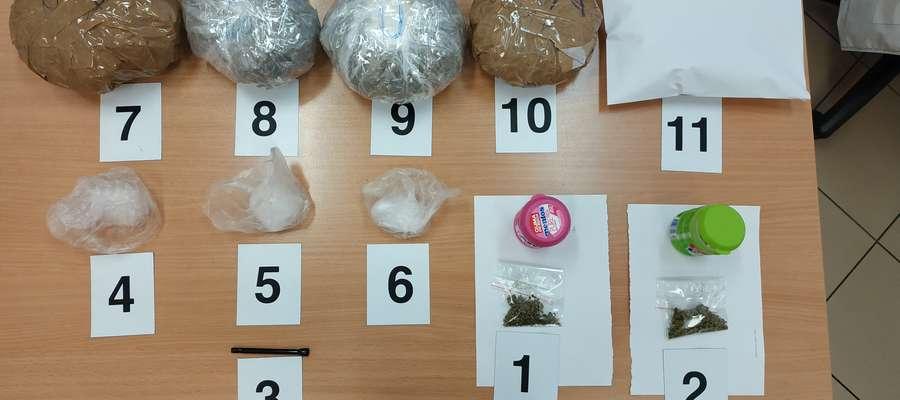 Zabezpieczyli 300 gramów marihuany i 25 gramów kokainy