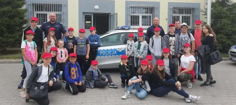 Koloniści odwiedzili Komendę Powiatową Policji w Ostródzie