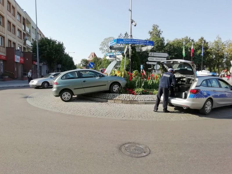 http://m.wm.pl/2019/08/orig/0000028276-20190805-wypadek-2-568328.jpg