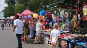 Obwarzanki i kolorowe balony. Odpust parafialny na Wólce