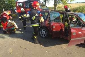 Pasażerka w stanie ciężkim w szpitalu. Kierowca uciekł z miejsca wypadku