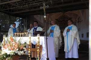 Modlili się do Matki Bożej Królowej Pokoju w Stoczku Klasztornym