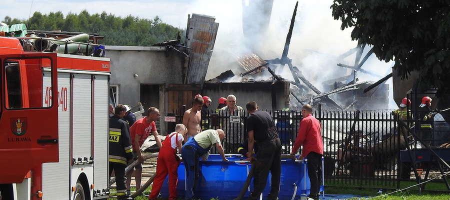 W pożarze w Rakowicach rodzina Katarzyny i Pawła Zakretów straciła niemal cały dobytek