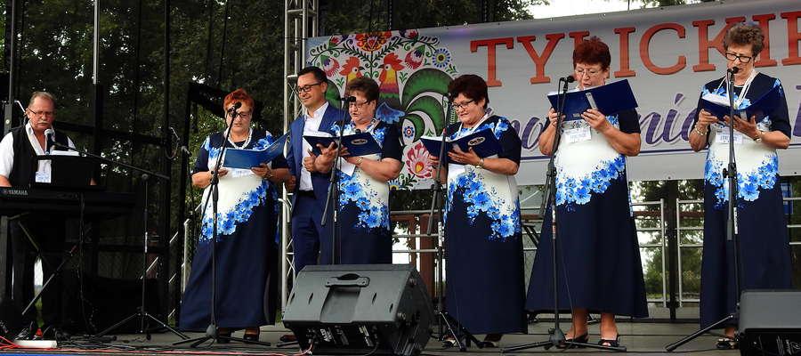 Sami Swoi z Tylic wystąpili na scenie jako pierwsi