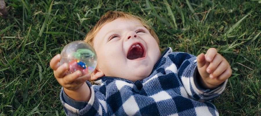 Dziadkowie, którzy marzą o tym, żeby ich wnuki dorastały w zdrowiu i w szczęściu, mogą o to zadbać już teraz