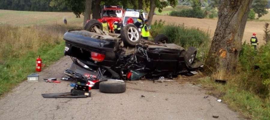 Samochód 25- latka został całkowicie zniszczony