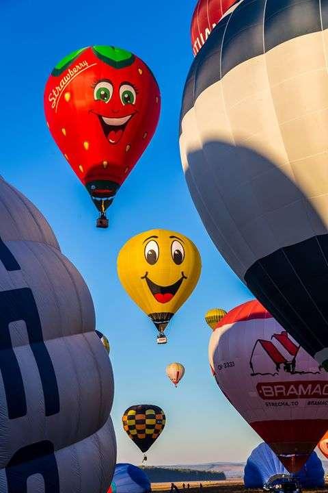 II Fiesta Balonowa Iława 2019. Wiemy skąd i gdzie polecą balony po naszym niebie - full image