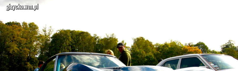 Zlot samochodów zabytkowych w Twierdzy Boyen