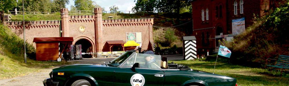 Zabytkowe auta zaparkują w Twierdzy Boyen