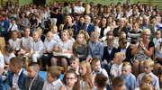 Powitali rok szkolny w szkole w Marzęcicach