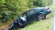 """Wypadek na """"siódemce"""". Osobówka zderzyła się z ciężarówką [ZDJĘCIA]"""