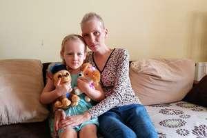 """""""Mamo, chcę, żebyś żyła"""". Pani Anna walczy o życie i potrzebuje naszej pomocy"""