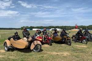 Zabytkowe motocykle pojawią się w sobotę pod Wysoką Bramą