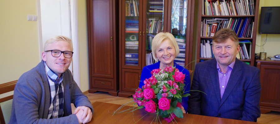 Pan Andrzej Wrzesień z synem dziękują Pani Senator za wieloletnią, skuteczną walkę
