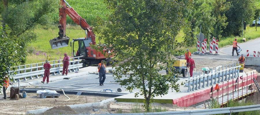 Z Funduszu Dróg Samorządowych aż 34 mld zł będzie przeznaczone na remonty dróg lokalnych.